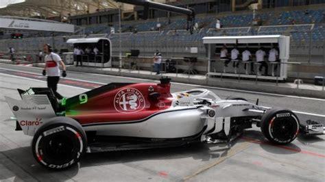 Lu F1 Mobil Alfa Romeo Sauber F1 Team Bahrain Grand Prix Practices