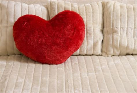 is storing stuff under your bed bad feng shui q and a looking for romance check under your bed open spaces