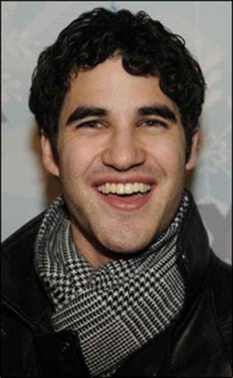 Tiket C To Succeed 01 darren criss to succeed daniel radcliffe in broadway s how