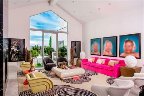 Gwen Stefani Pays 15 Million For Mansion by Fancy Living In Gwen Stefani And Gavin Rossdale S Mansion