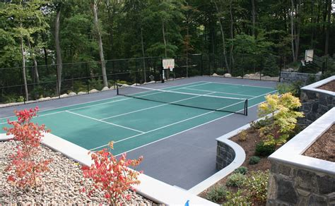 the advantages of a backyard court island tennis