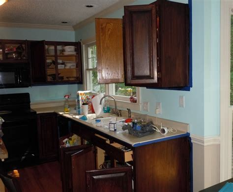 Gel Staining Kitchen Cabinets by How To Gel Stain Your Kitchen Cabinets
