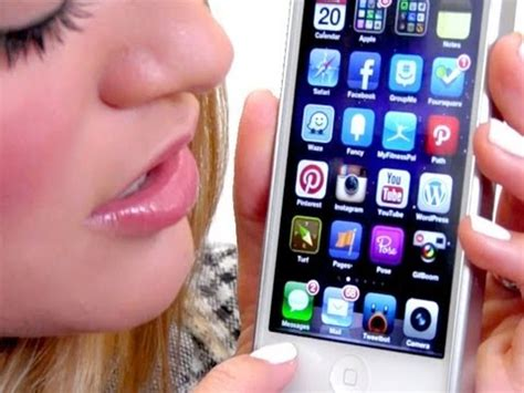 my iphone what s on my iphone 5 ijustine