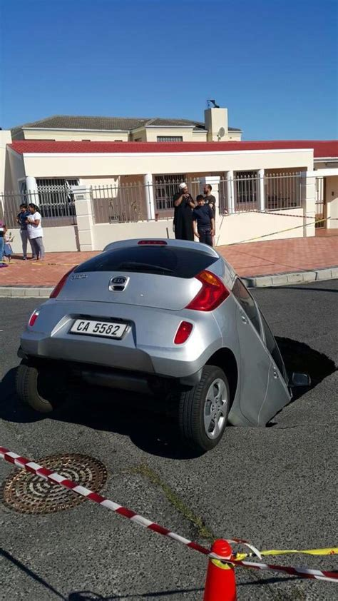 Port St Used Car Dealers by Cape Town Sinkhole Swallows Car On Gordon Road