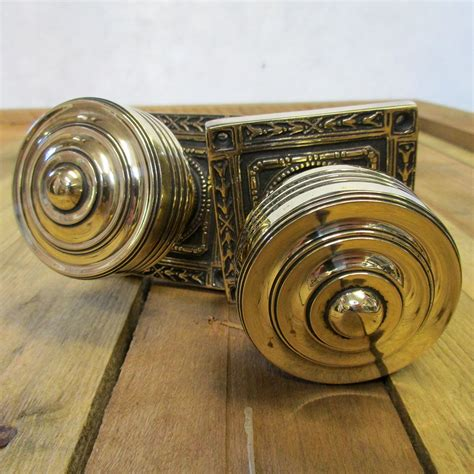 Style Door Knobs by Door Knobs Buying Guide Tips From Period Home Style