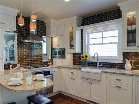11 Kitchen Backsplash Ideas You Should Consider