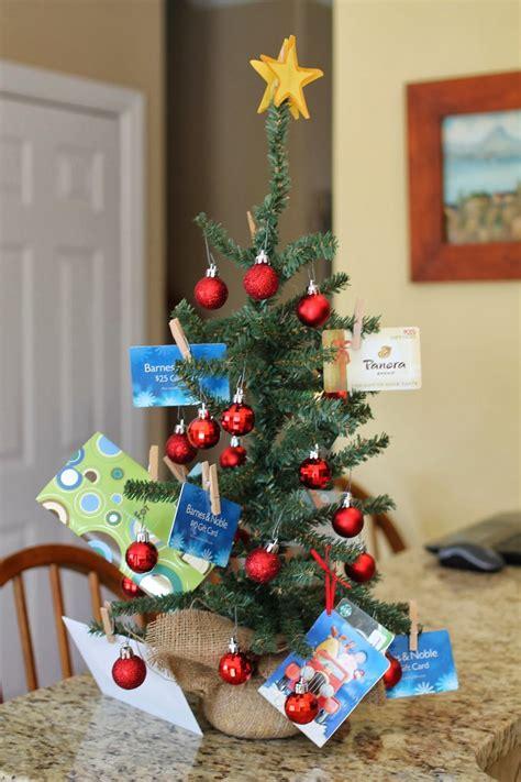 teachers gift idea   busy room mom  images gift card tree teacher christmas