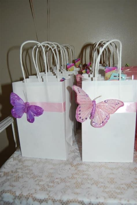 Baby Shower Themes Butterfly by 25 Best Ideas About Butterfly Baby Shower On