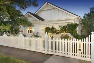 and white californian bungalow exterior colour scheme bungalow fences and