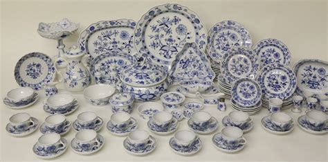 blue onion pattern dishes collection of meissen blue onion pattern china rafael