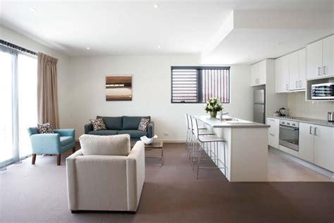 White Kitchen Living Room Combo Offene Wohnk 252 Che Modern Gestalten Trennen Ideen F 252 R