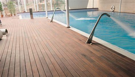 piscina interna pavimenti per esterni pavimenti in legno bassano