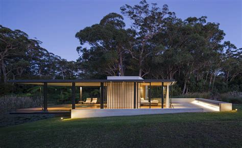 modern glass houses a modern glass house in australia wirra willa pavilion
