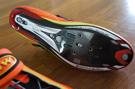 road bike shoe reviews review northwave tech road bike shoes bikerumor