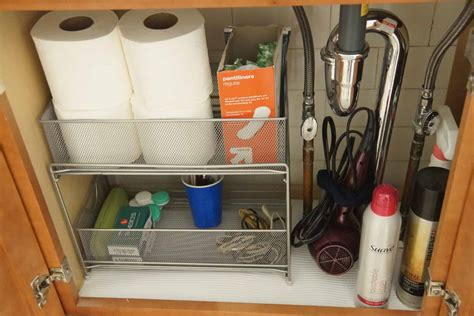Organizing Bathroom Sink by Organizing Bathroom Sinks