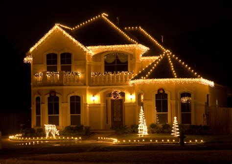 Christmas Lights And Decor Ritter Home Light On Houses