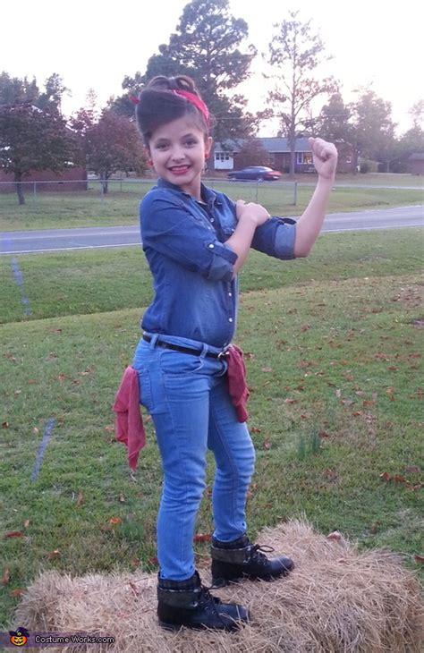 rosie  riveter halloween costume idea