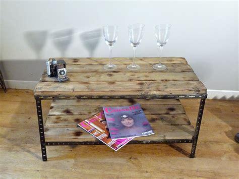 Table Basse Palette Industrielle by Une Table Basse Ou De Chevet Industrielle Indus Home Factory