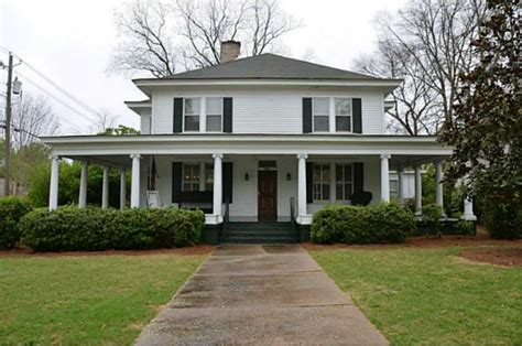 Plantation Home Interiors by Quot Vampire Diaries Quot House In Georgia Is Up For Sale