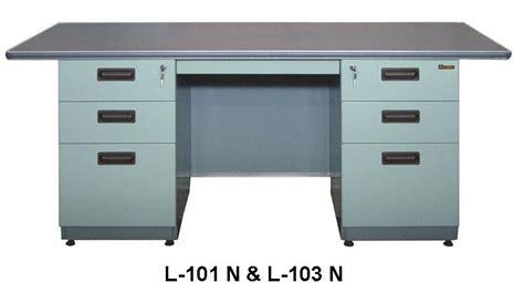 Meja Periksa Laci Besi meja kantor besi berikut laci type l 101 n l 103 n kemenangan jaya furniture