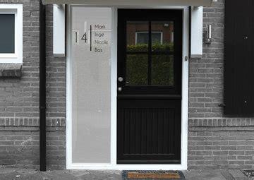 huisnummer 6 feng shui voordeurstickers met naam en huisnummer deurstickers webshop