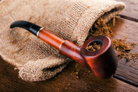 traditional tobacco pipes 10 facts about tobacco pipes that will your mind
