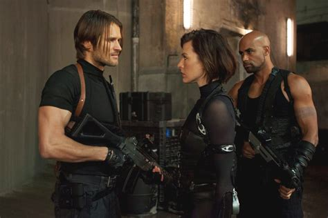 resident evil kennedy in re retribution 2012 resident evil photo 31754594 fanpop
