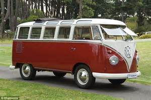volkswagen minivan 1960 restored 1960s vw kombi sells for staggering 202 000