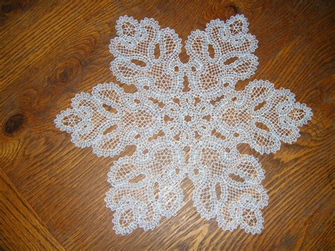 snowflake doily pattern how to crochet snowflake patterns 33 amazing diy