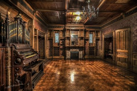 winchester mystery house chilling 1800s house was built by ghosts and contains