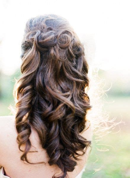 soft curl hairstyle soft curls hair sytles pinterest