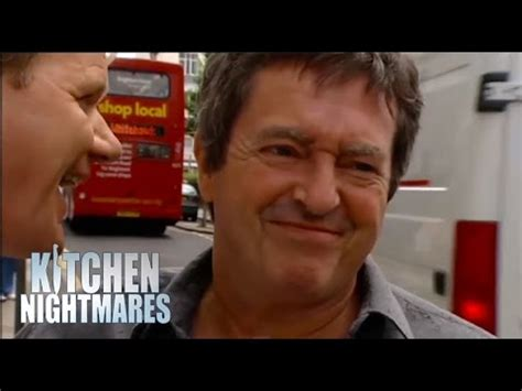 Kitchen Nightmares You Re A Joke Grand Re Launch At Ruby Tates Ramsay S Kitchen