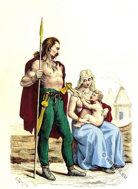the gallic and gallo roman costume period costume history the gallic and gallo roman costume period costume history