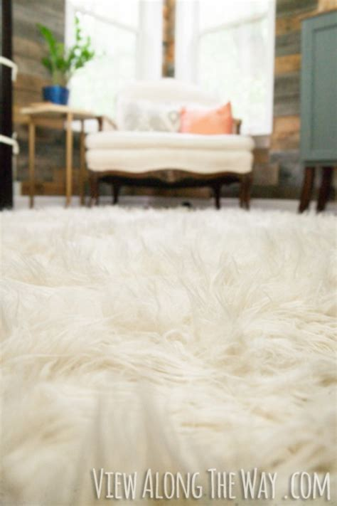 Diy Faux Fur Rug by 21 Diy Projects That Will Help You Finish Your