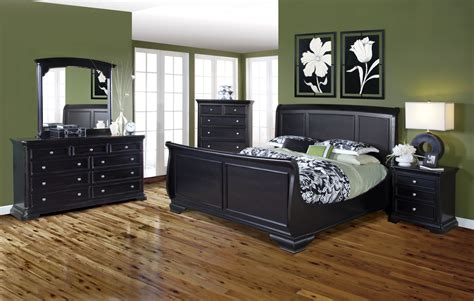 black sleigh bedroom set maryhill rubbed black sleigh bedroom set from new classics