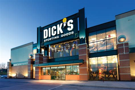 www dickssportinggood s sporting goods grand opening to bring