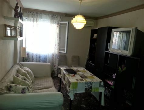 piso estudiante sevilla se alquila habitacion en piso compartido sevilla bquarto