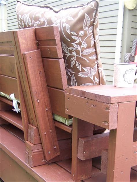 outdoor pallet bench  cushions pallet furniture plans