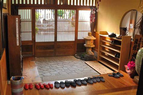 bueno  imagenes de porches de casas #1: ryokan_ingresso.jpg