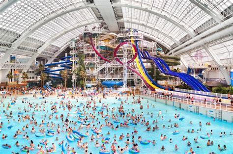 best waterpark in world 6 best indoor water parks around the world trekbible