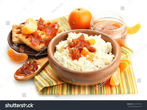 cottage cheese in bowl with tangerine jam
