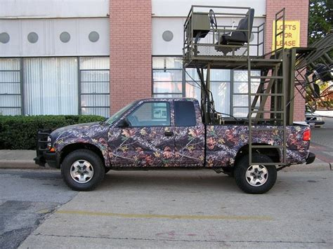 hunting truck for 302 found
