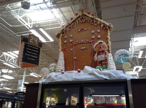 christmas decorations at krogers elevation of maumelle township ar usa maplogs