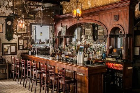 Cocktail Crawl 10 Of The Best Bars In New Orleans