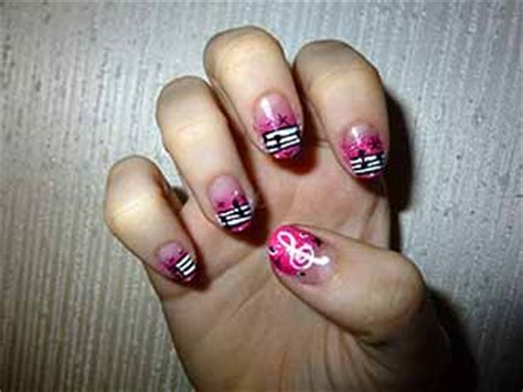 Modele Dessin Ongle Gratuit by Dessins Ongles Deco Ongle Fr