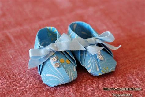 Origami Baby Shoes - 1000 images about origami on origami paper