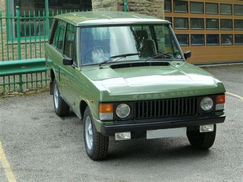 green range rover classic pjx 559x 1981 classic range rover 2 door land rover centre