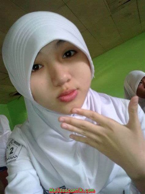 foto hijap cute indonesian hijab school girl pictures latest update