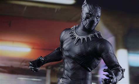 Marvol Black marvel black panther sixth scale figure by toys sideshow collectibles