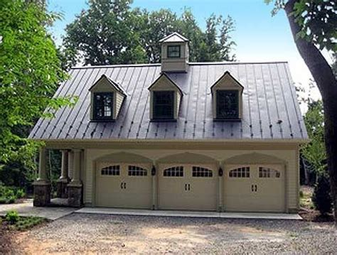 garage houses 17 best images about carriage houses on pinterest yankee